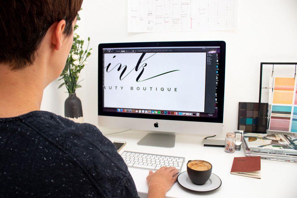 creando logotipo